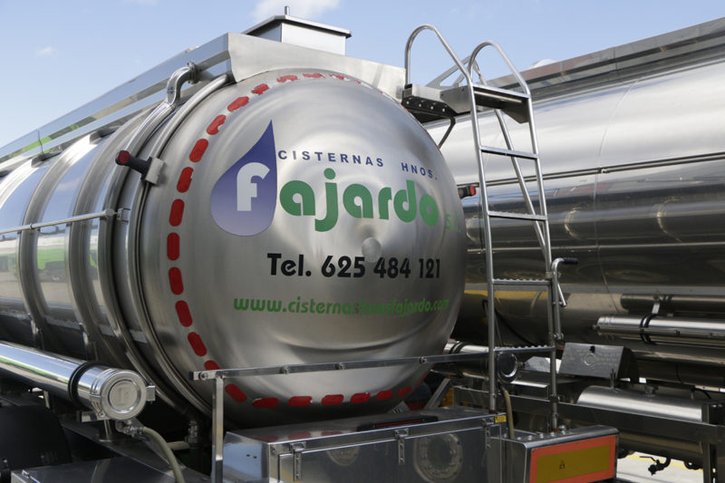 Somos una empresa de transporte valenciana