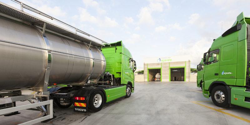 Transportamos productos químicos por carretera