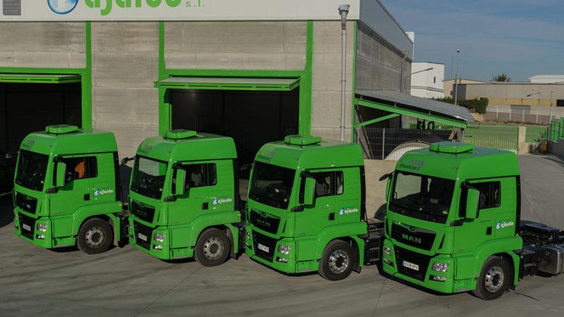 Disponemos de camiones Volvo y Man